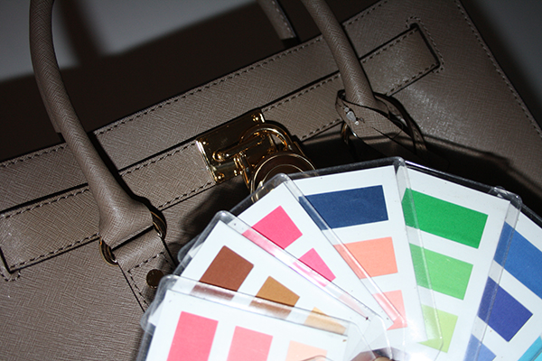 Väska MICHAEL Michael Kors Hamilton i färgen Dark Dune
