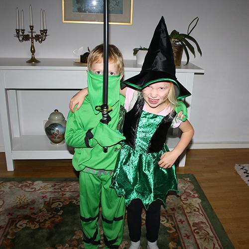 halloween-barn