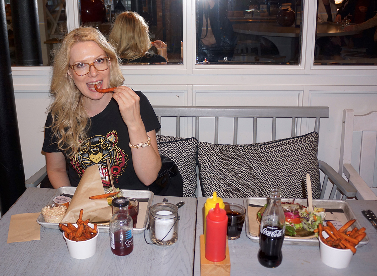 22c2ce8c98f9 Från när vi åt på Vigårda i Malmö för ett par veckor sedan.