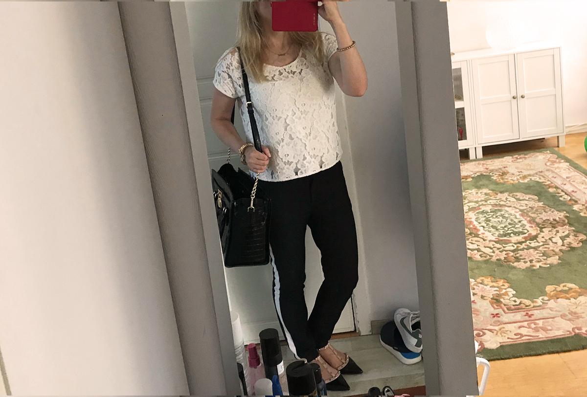 Eftersom jag utlovade fler outfits den här veckan tog jag en snabbt i  spegeln igår. Som på den gamla goda bloggtiden. 😉 Trots hellånga byxor  från Zara ... 16b3c5d41df09